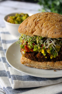 "Veggie Burger Delight [yasr_visitor_votes size=""medium""]"